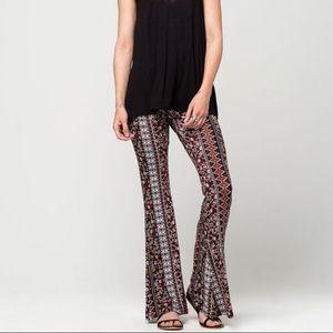 FULL TILT Floral Ethnic Womens Flare Pants